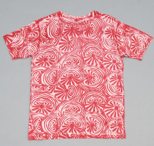 batik dyed maze hemp cotton blend t shirt red hickoree 39 s. Black Bedroom Furniture Sets. Home Design Ideas